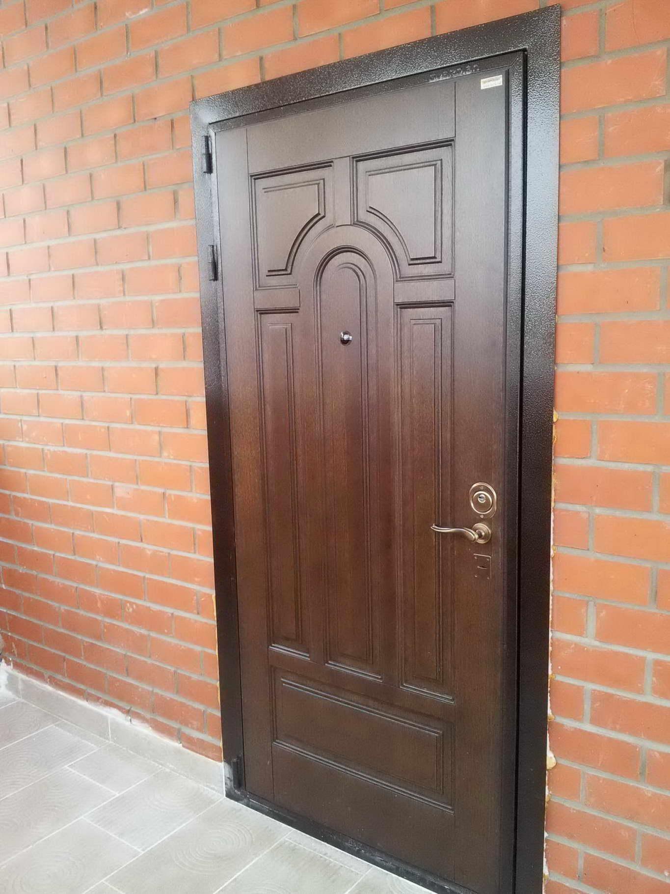 купить дверь уличную входную металлическую